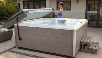 Best Hot Tub Cover Lifters