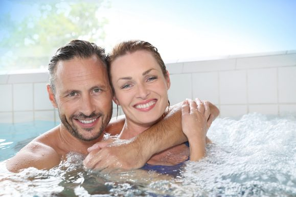 2 Person Hot Tubs & Whirlpool Baths