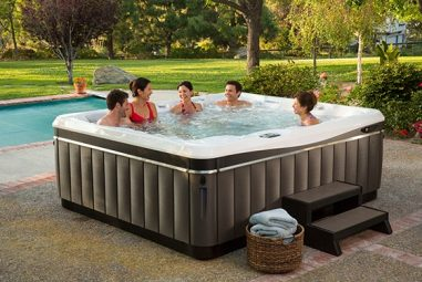 Guide for a Safe Hot Tub Use