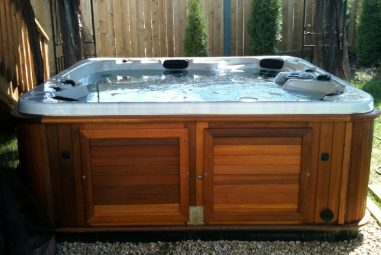 How to Maintain Your Spa or Hot Tub Properly